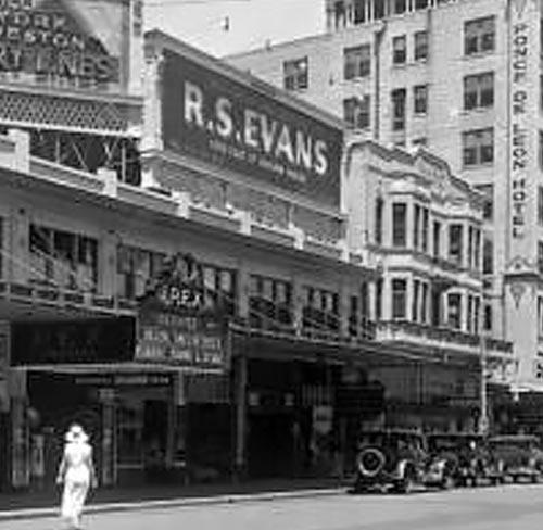 rex1-1932