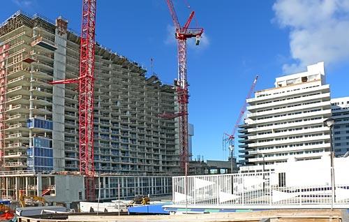 Eden Roc Hotel's new tower