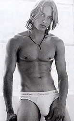 Travis Fimmel in Calvin Klein