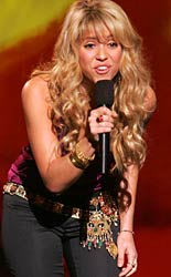 Shakira on stage at MTV's Latin VMA