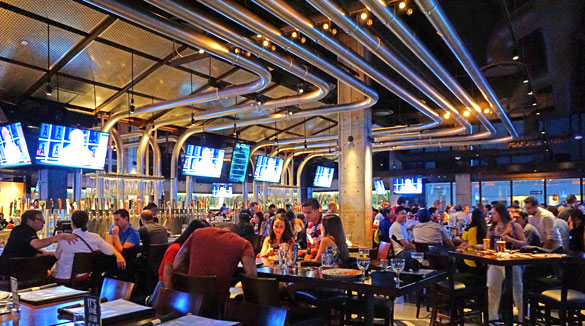 yard house  south beach magazine, Beach House/
