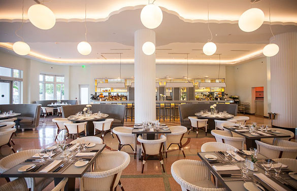 Traymore Restaurant at the Metropolitan by COMO Hotel