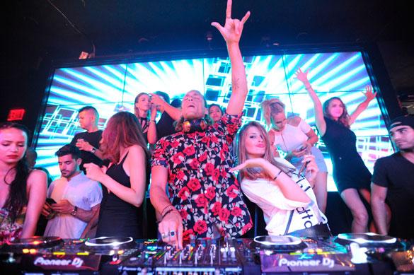 DJ Patrick Pizzorni at Wall Miami