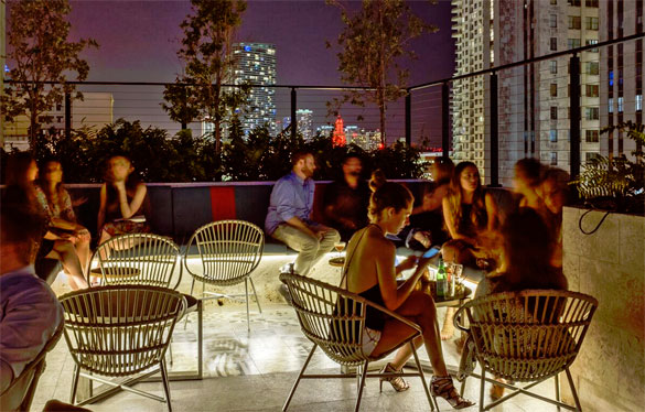 Pawn Broker lounge serves cocktails on the roof of The Langford Hotel overlooking all of Downtown Miami (Photo: Juan Fernando Ayora)