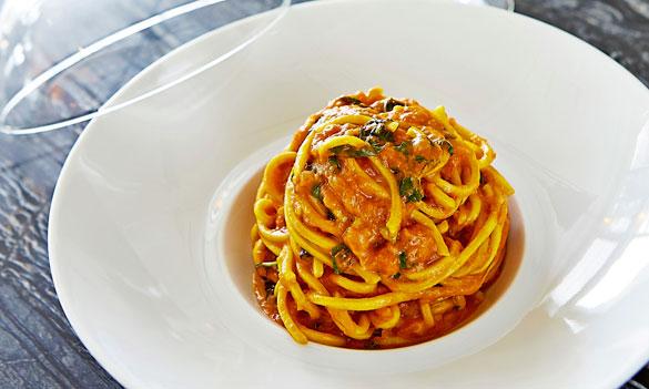 Celebrity Chef Scott Conant offers his signature Spaghetti with Tomato & Basil for Miami Spice (Photo credit - Michael Pisarri)