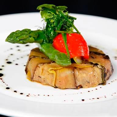 Warm Asparagus Salad – 240 calories Restaurant: Villa Azur