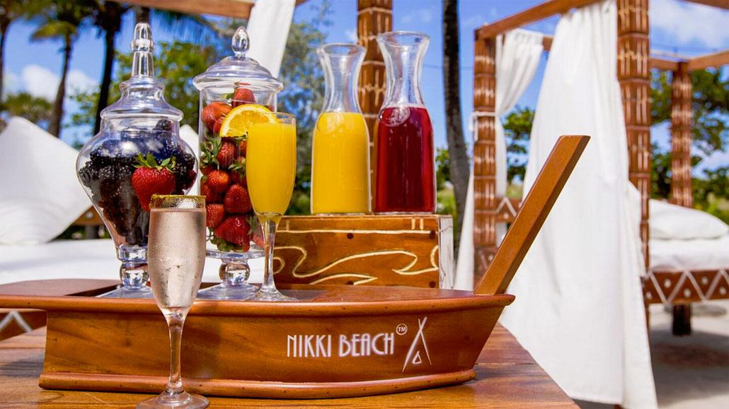 DIY Mimosas at Nikki Beach Club, South Beach (Photo: Alexey Olivenko, Nikki Beach)